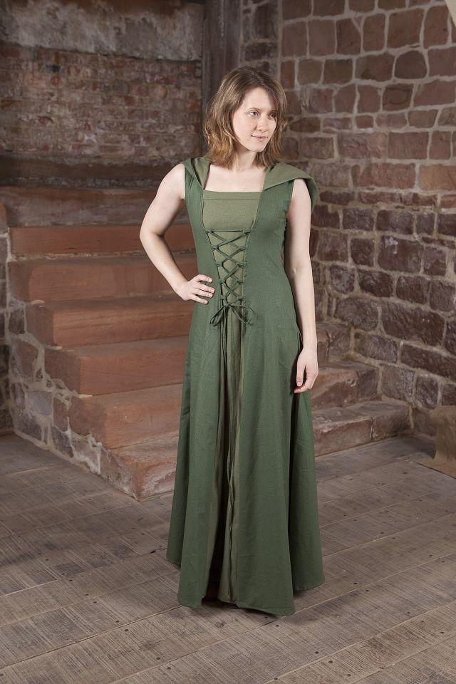 Robe médiévale Loris en vert 2