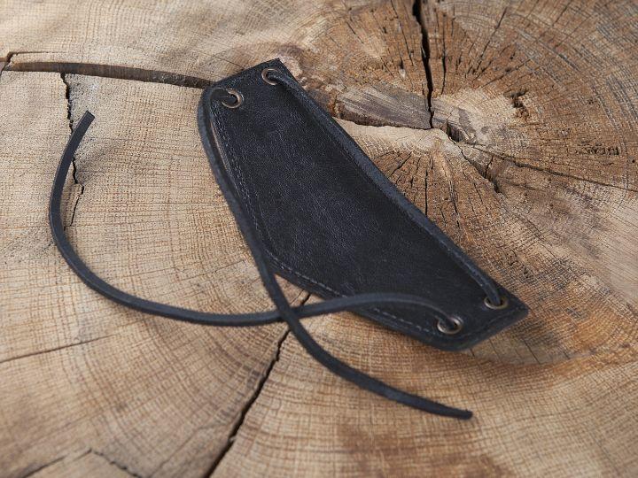 Bracelet Triskele en cuir noir 2