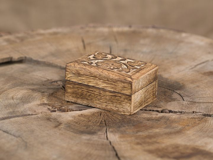Petit boîte en noyer 2