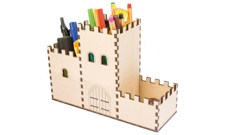 Boîte à crayons château fort 2