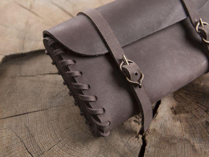 Besace de ceinture  en cuir marron 2