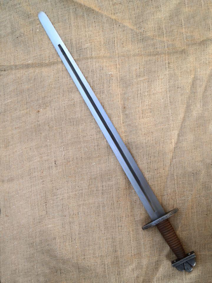 Épée Viking avec pommeau nuage SK-A 2