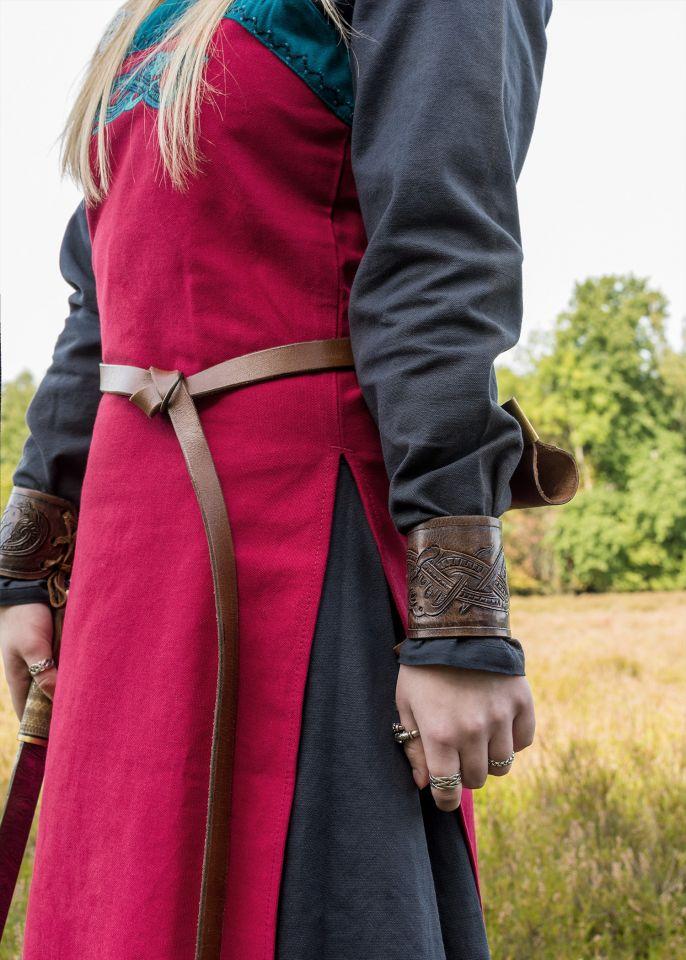 Robe tablier Herdis rouge/bleu 3
