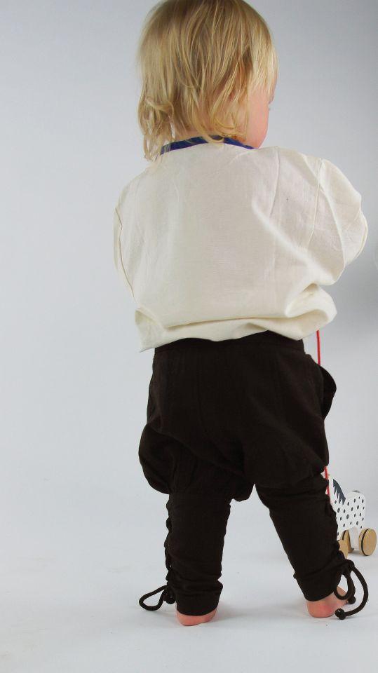 Pantalon médiéval enfant en marron 3