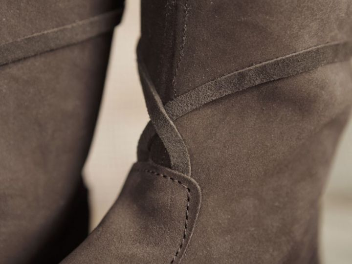 Bottes médiévales en cuir chamoisé, en marron à lacets pour homme 45 3