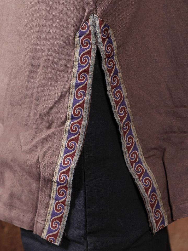 Tunique médiévale à galon en brun, en coton 3