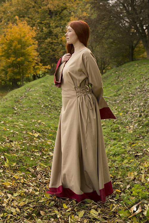 Robe Médiévale Runa pour enfant 3