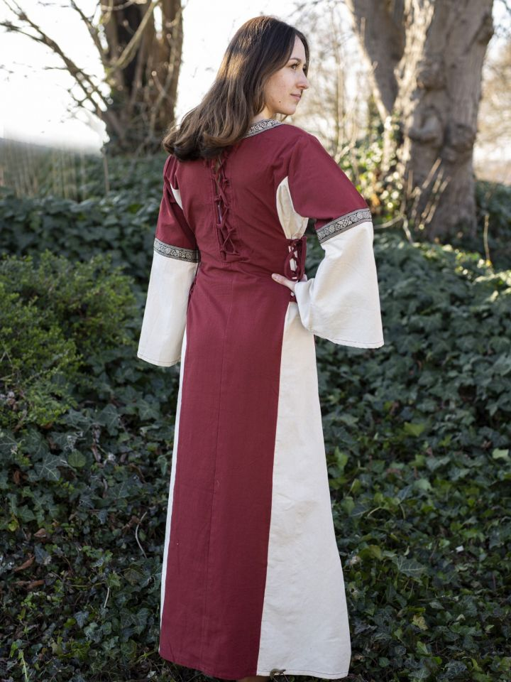 Robe médiévale bicolore à galons 3