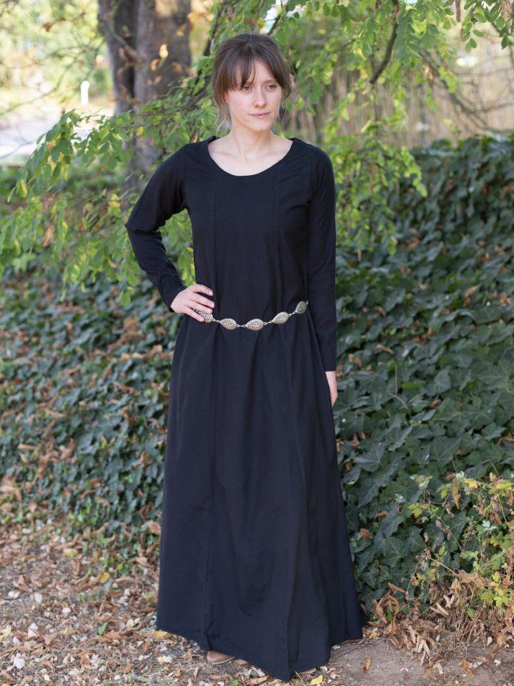 Sous robe en noir 3
