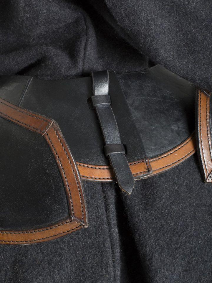 Gorgerin et spalières en cuir noir et marron M 3