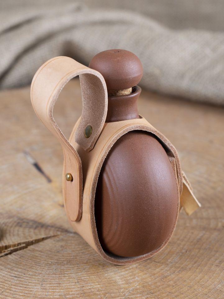 Bouteille en argile émaillée avec sangle en cuir munie d'une boucle de ceinture 3