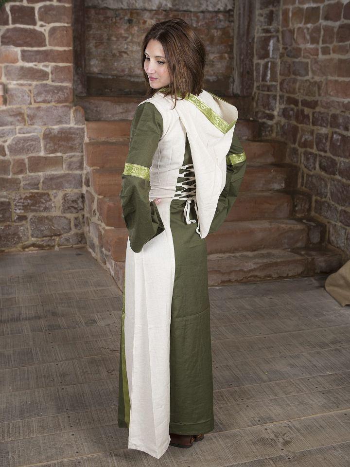 Robe verte et blanche avec capuche et broderies 3