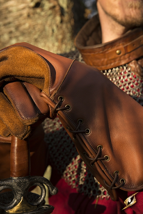 Gant de fauconnier en cuir marron- imitation M 3