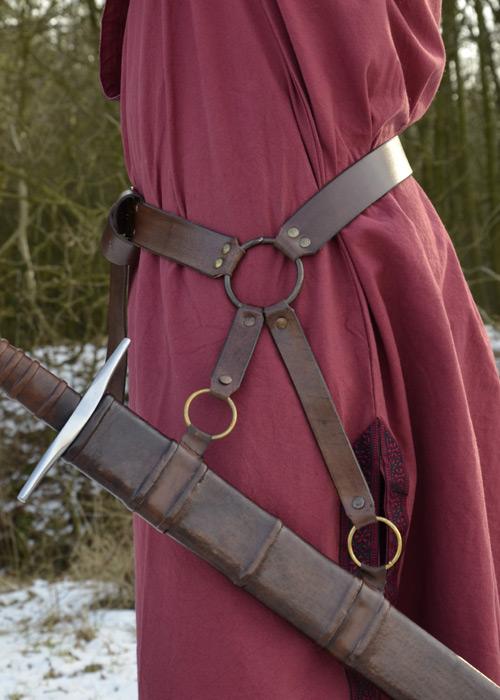 Ceinture porte épée en cuir marron 3