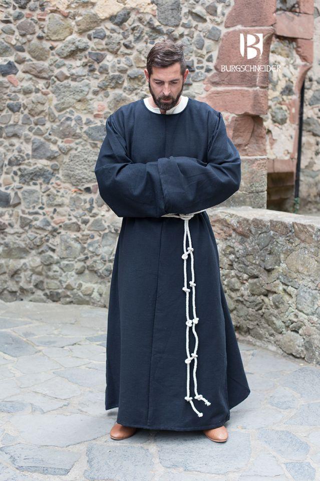 Habit de moine bénédictin en noir 3