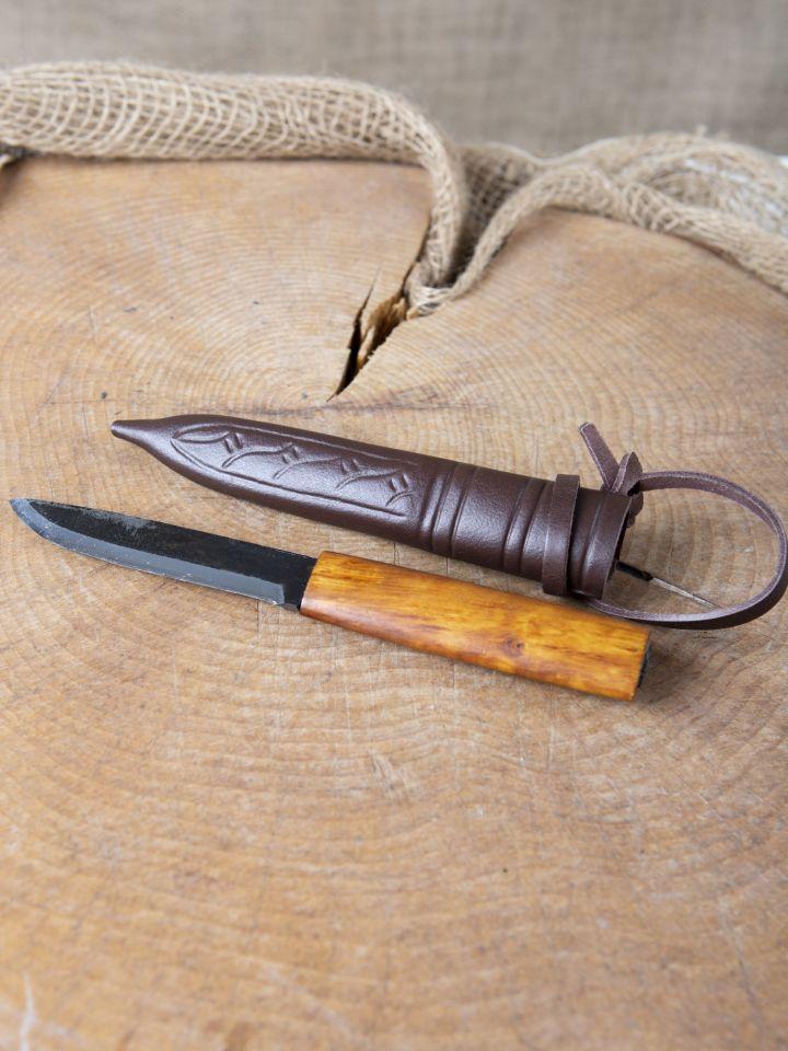 Couteau avec manche en bois de bouleau 3