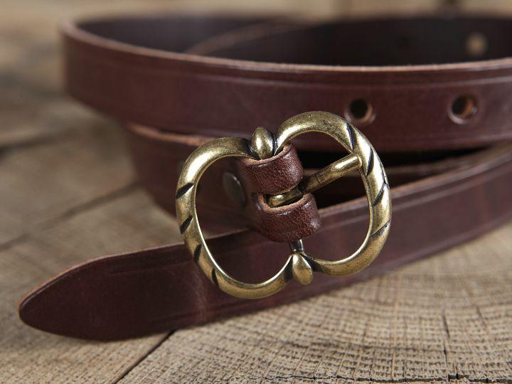Longue ceinture médiévale en cuir à boucle double 3