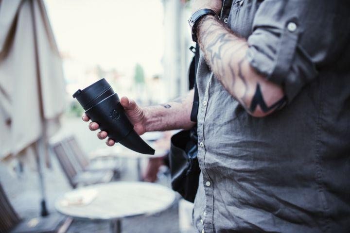 """Tasse à café """"corne à boire"""" en noir 3"""