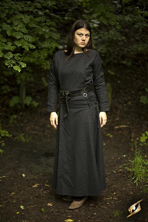 Robe à laçage en noir 3