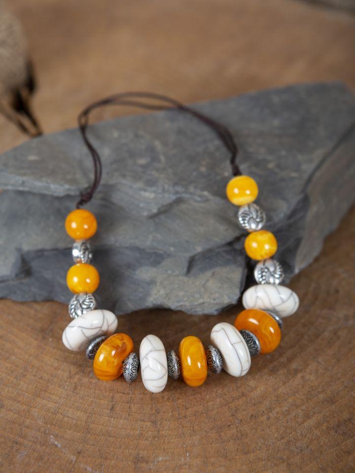 Collier médiéval grosses perles 3