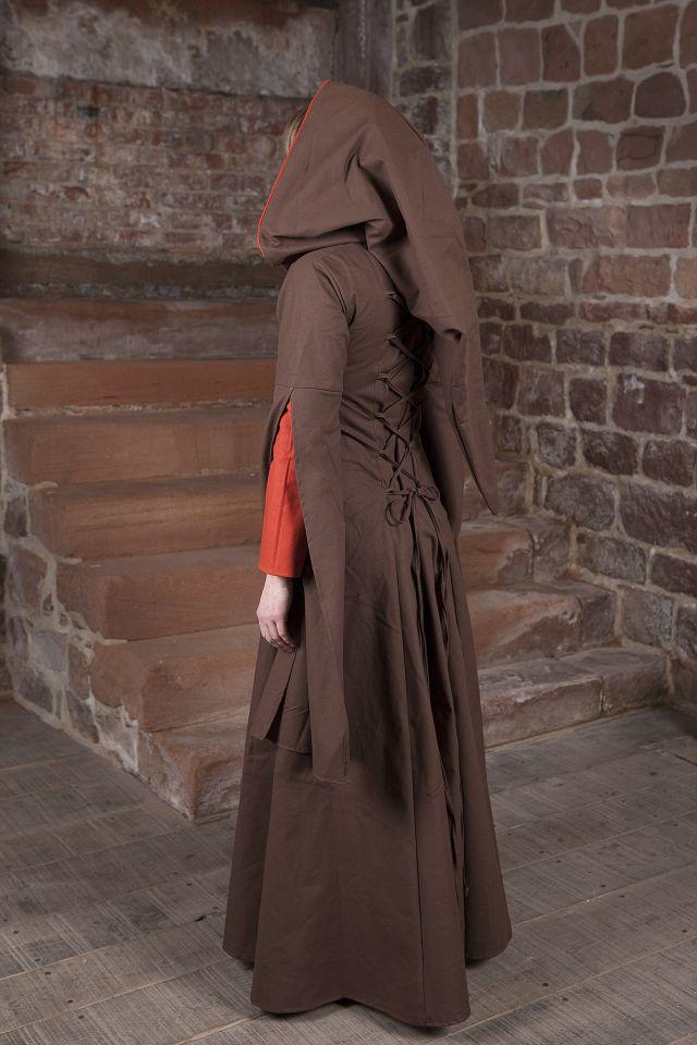 Robe Médiévale Ketlin en marron et rouge 3