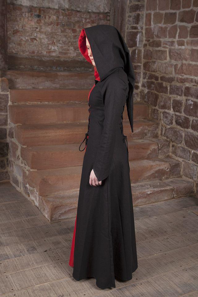 Robe médiévale Luna en noir et rouge 2