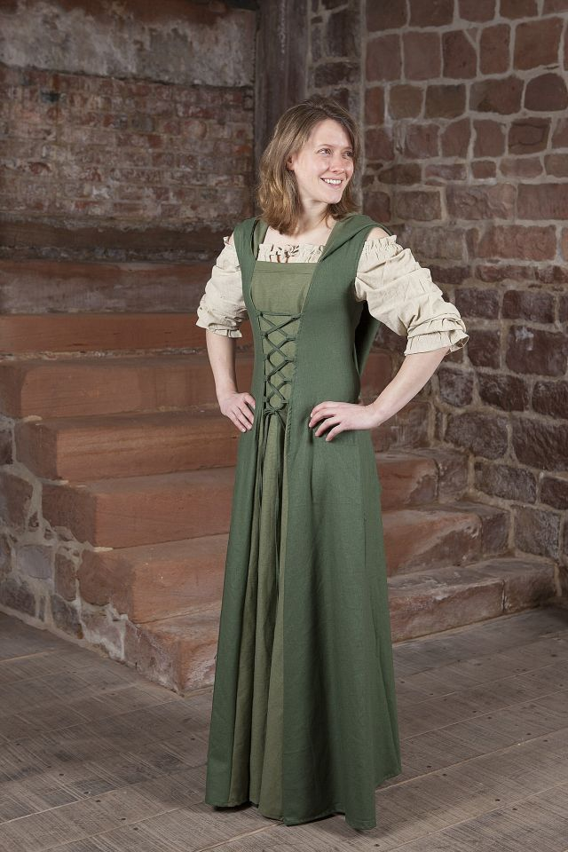 Robe médiévale Loris en vert 3