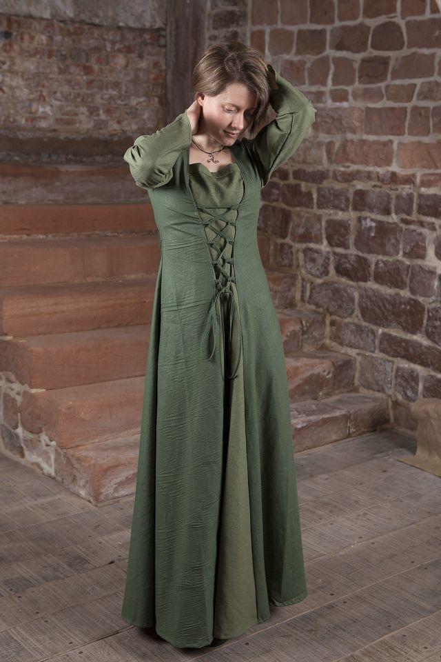 Robe médiévale Larea en vert 3