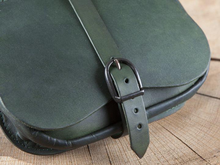 Sacoche de ceinture en vert 3