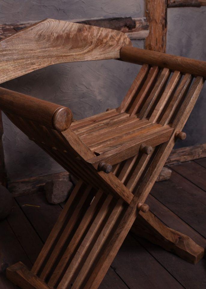Chaise ciseaux médiévale 3