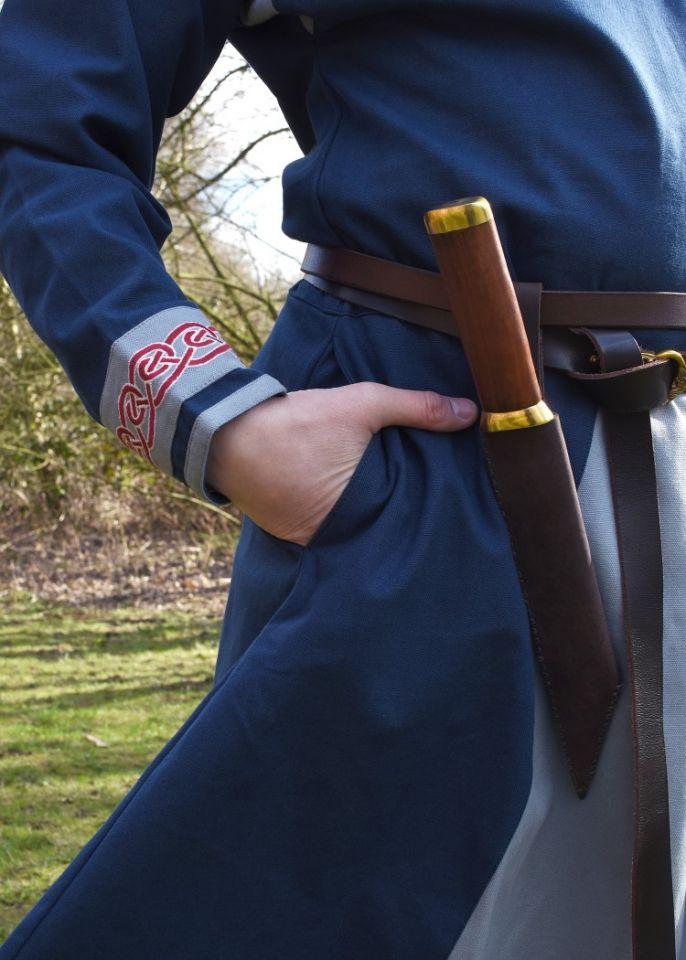 Tunique Viking avec broderies, en bleu 4