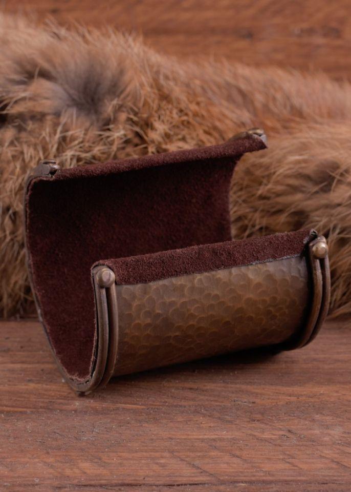 Bracelet manchette en laiton, motif Triskele 4