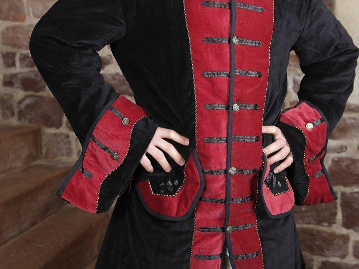 Pardessus noir et rouge 4