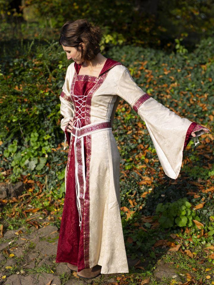 Robe à capuche avec ceinture en bordeaux-nature 4