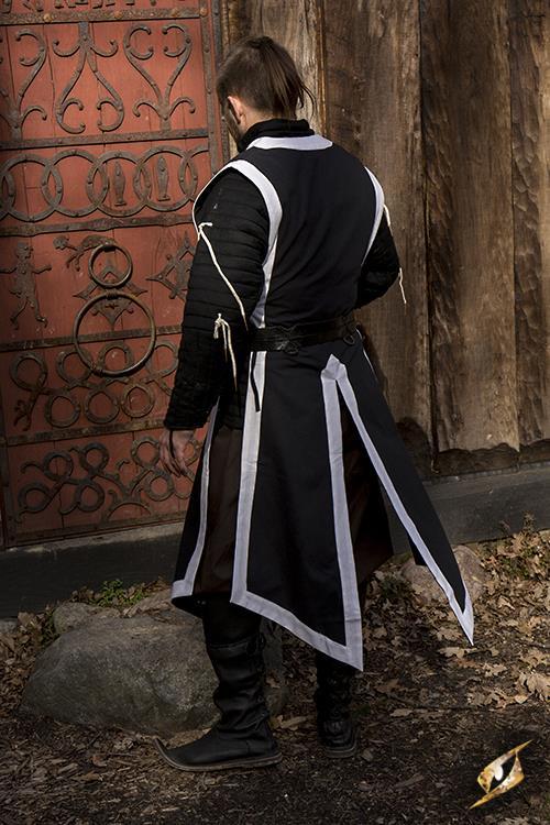 Tabard noir 4