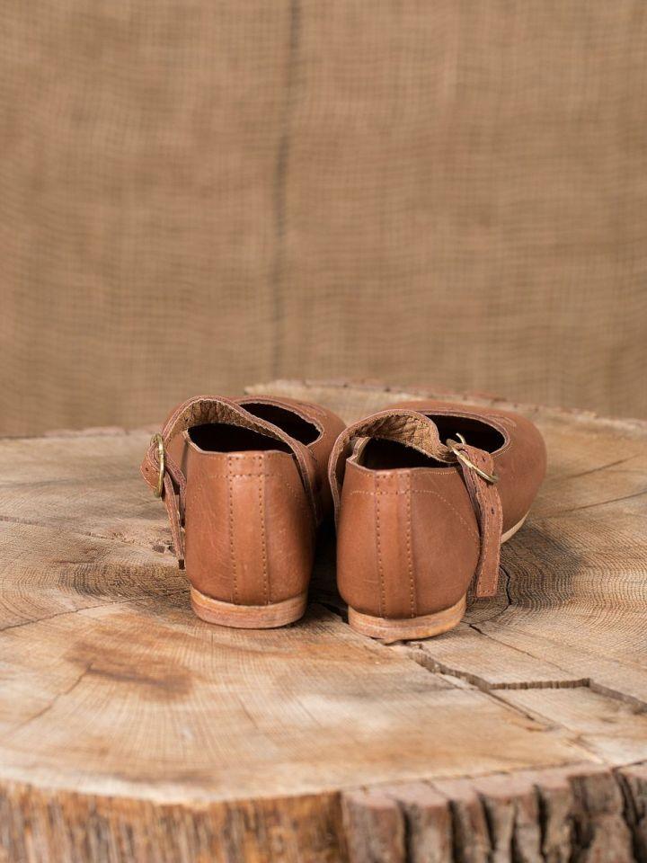Chaussures médiévales tout cuir 4