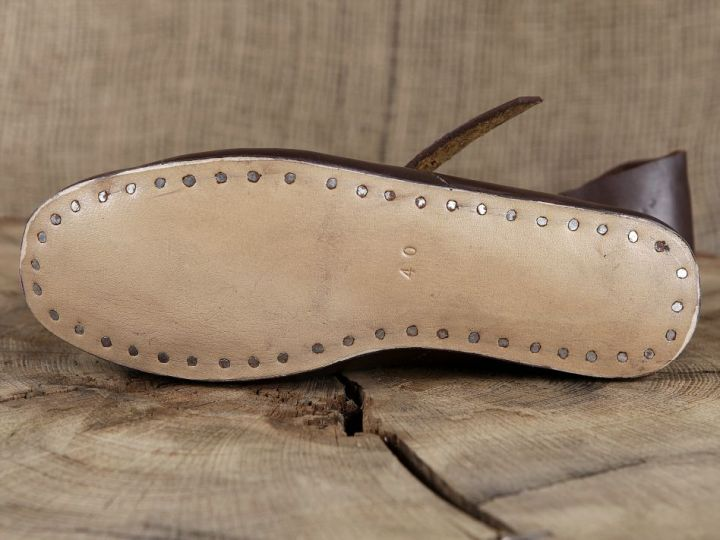 Chaussures médiévales en cuir 37 4
