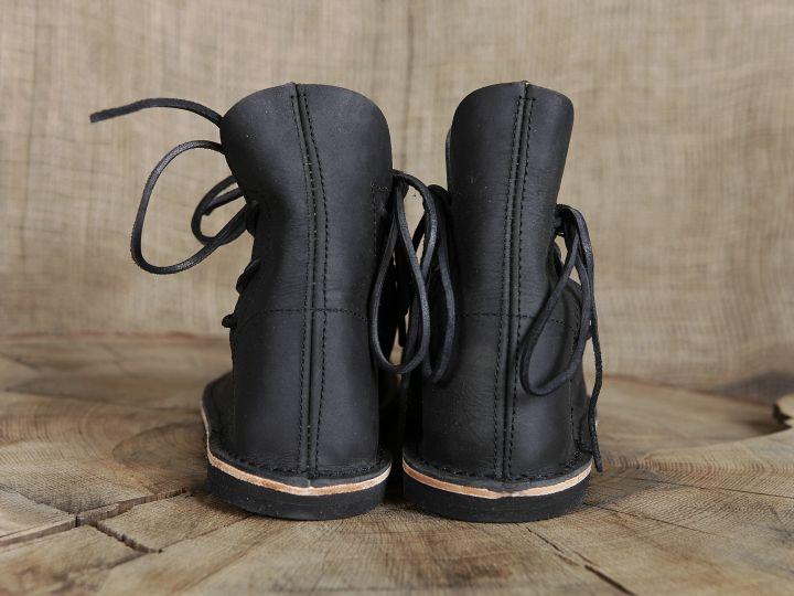 Chaussures médiévales poulaines 4