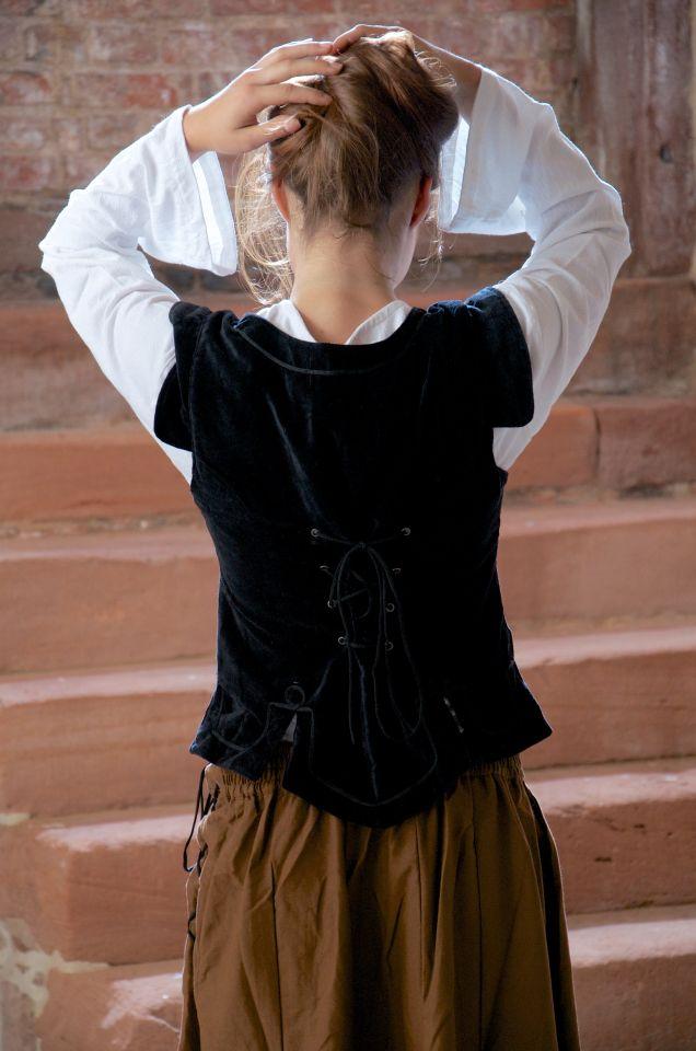 Ensemble jupe, blouse et corset 4
