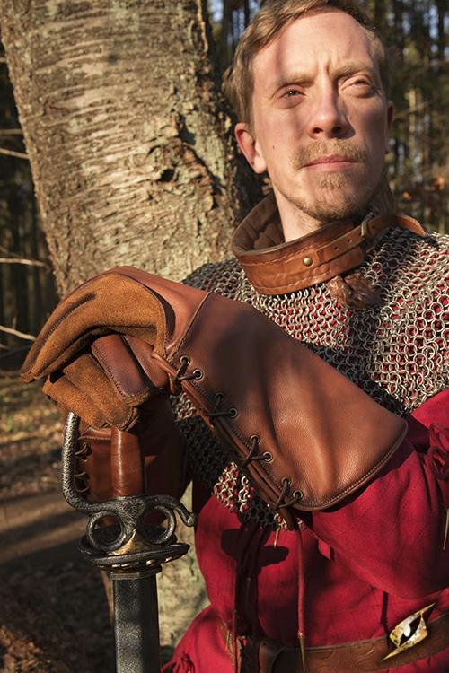 Gant de fauconnier en cuir marron- imitation 4