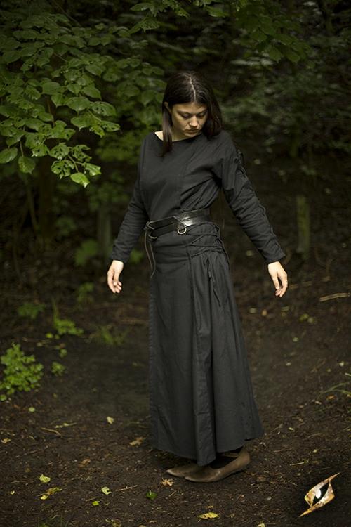 Robe à laçage en noir 4