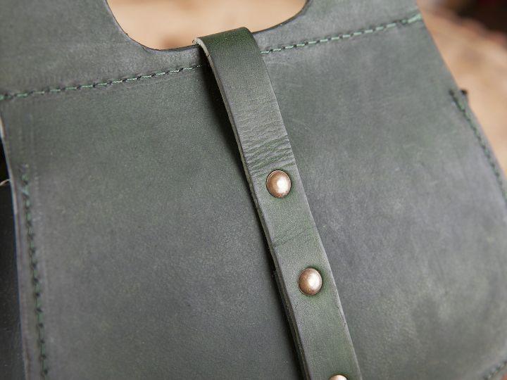 Sacoche de ceinture en vert 4
