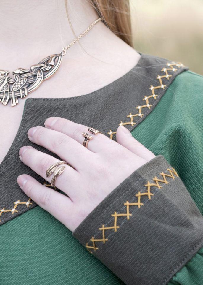 Robe viking Freydis en vert 5