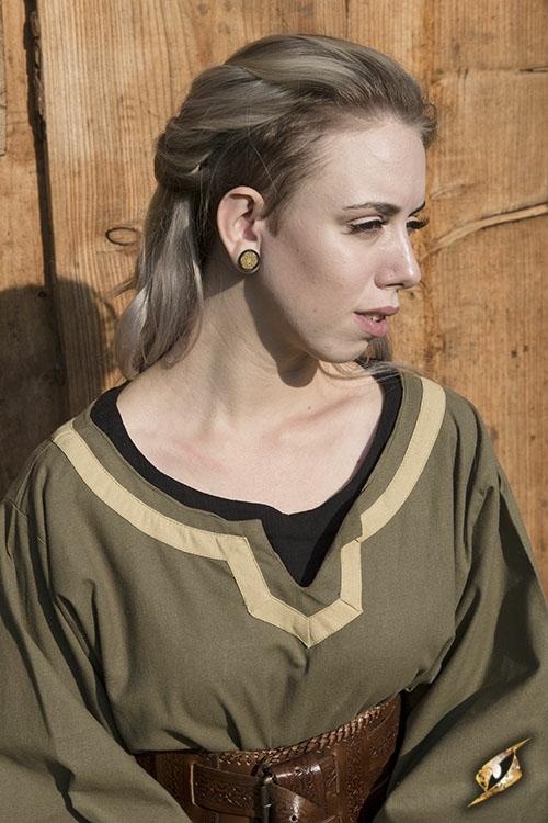 Robe médiévale Astride bicolore en vert olive et sable 5