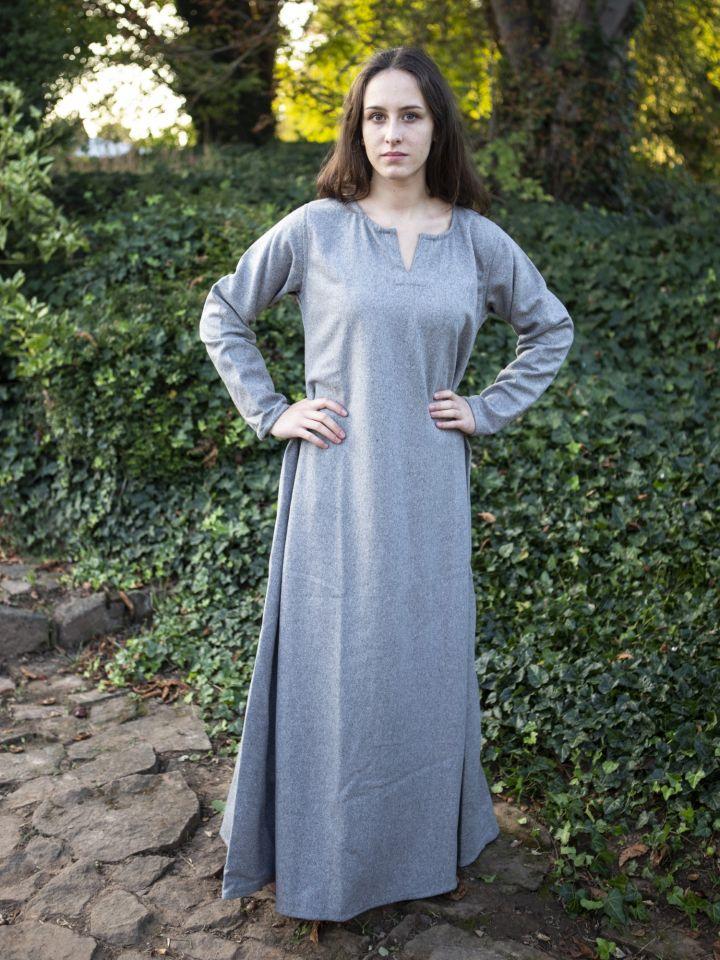 Robe Wilma, en gris clair 5