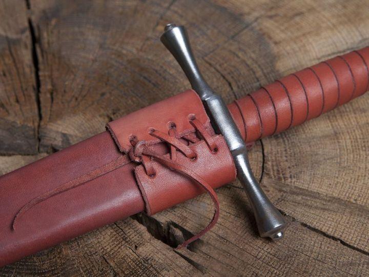 Dague forgée avec fourreau en cuir 5