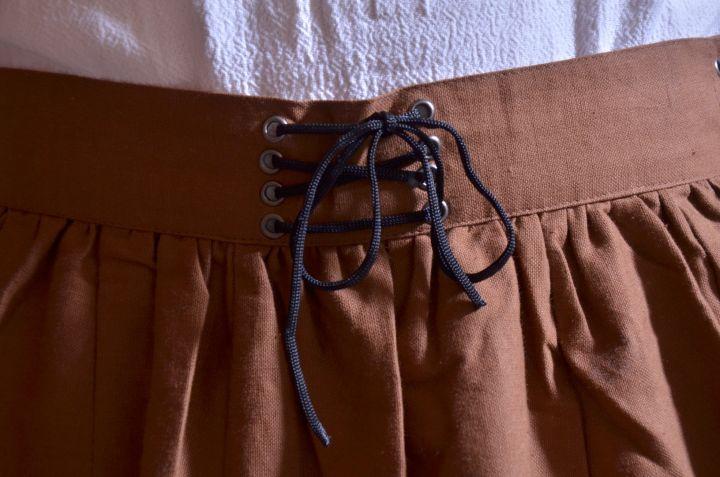 Ensemble jupe, blouse et corset 6