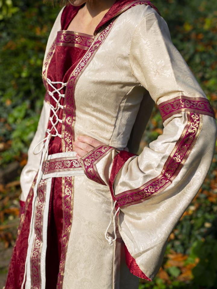 Robe à capuche avec ceinture en bordeaux-nature 7