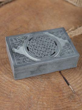 Boîte en stéatite à motif celtique