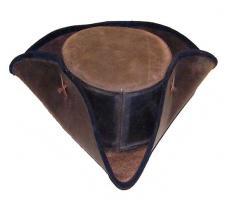 Tricorne en cuir noir   58